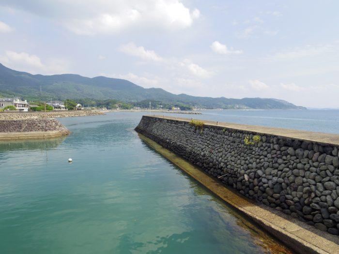 羽島浜中港玉石積防波堤(いちき串木野市・串木野)