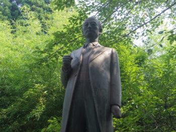 川路利良像(霧島市・横川)